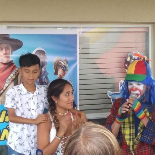 Payaso Pikorete y Muñequita Pompita en Orlando Cumpleaños Luciano