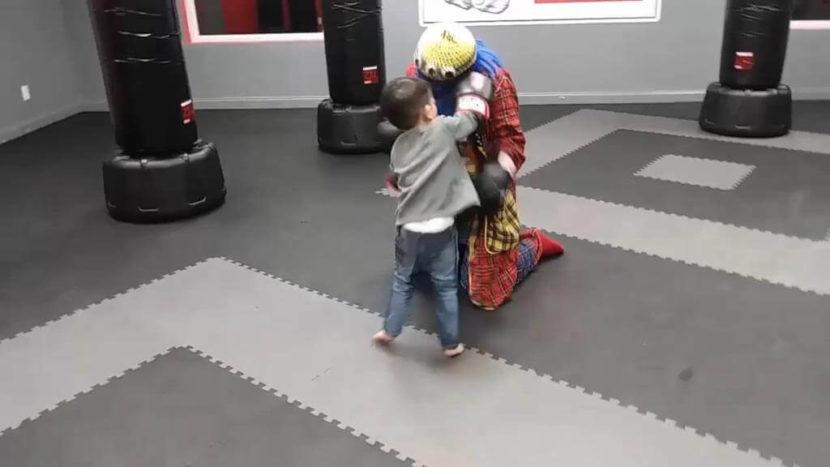 Payaso Pikorete en Pelea de Kickboxing en Orlando Florida