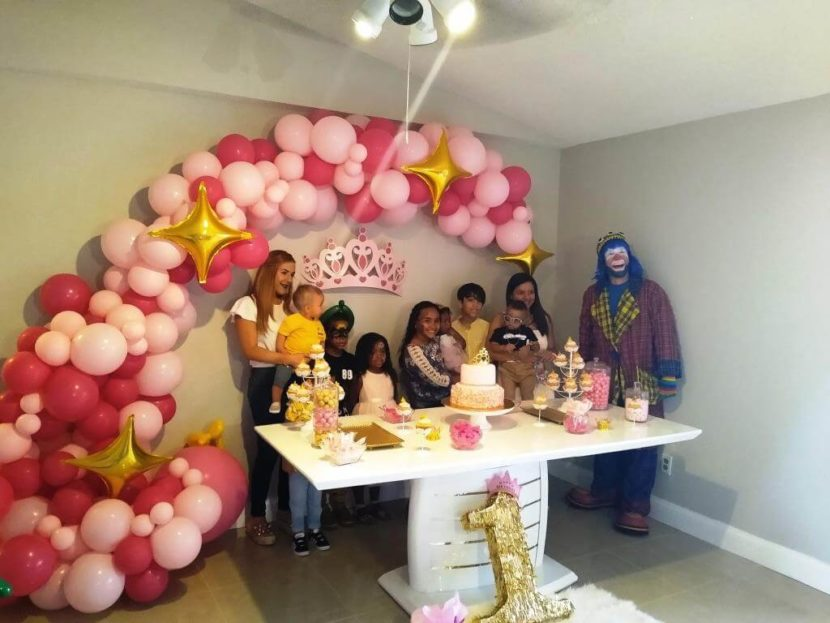 Payaso Pikorete y Muñequita Pompita celebrando un 1er añito en Kissimmee Florida