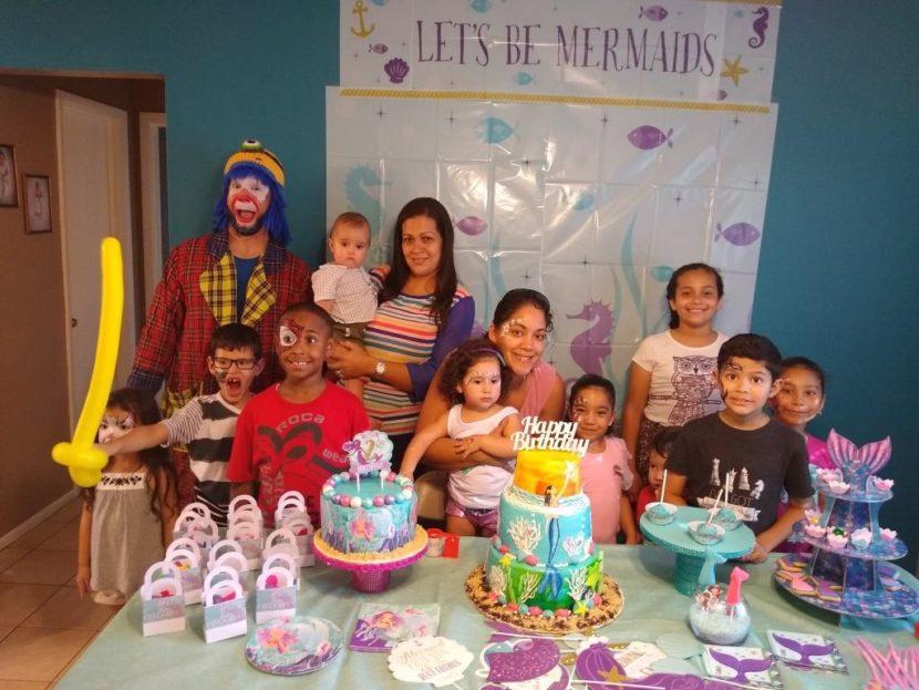 Muñequita Pompita Y Payaso Pikorete Estuvieron Celebrando Los Dos Añitos De Janaiya en Winter Springs Fl