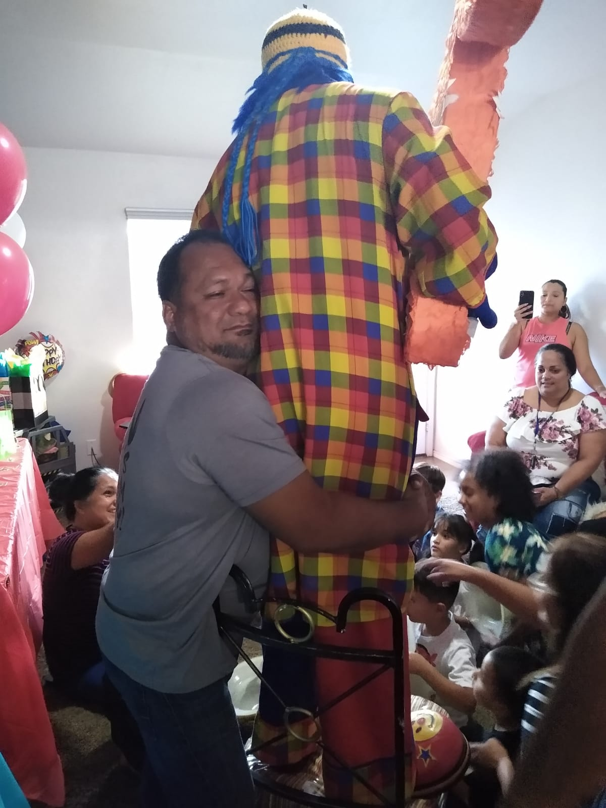 Payaso Pikorete Muñequita Pompita Cumpleaños Adrian Piñata Killeen TX