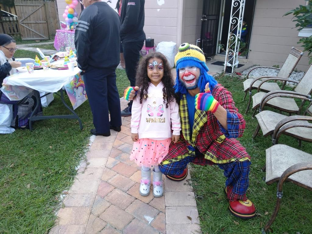 Payaso Pikorete celebrando los 5 añitos de Valerie en Jacksonville Fl con la Muñequita Pompita 2
