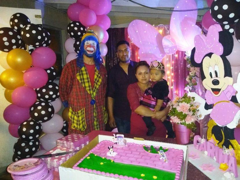 Payaso Pikorete en Cumpleaños de Karina en Ocoee Fl Con Muñequita Pompita